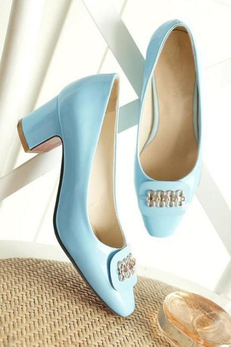 Women's Pure Color Thick Heel Metal Decoration Pumps