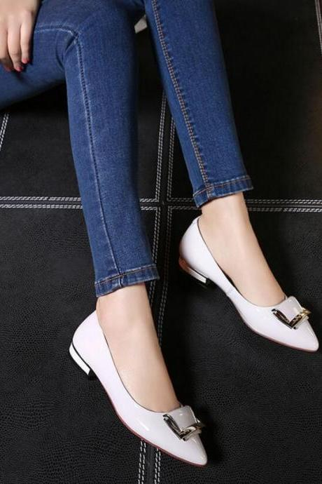 Women's New Elegant Pure Color Pointed Toe Flat Shoes